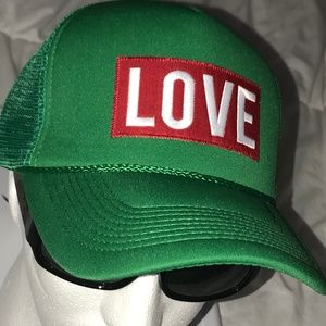 GREEN ❤️LOVE THE HAT ❤️VIP LIMITED EDITION